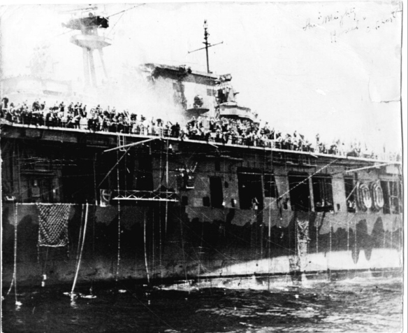 USS Hornet (CV-8) abandon ship
