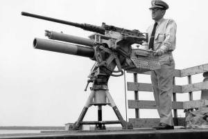81mm50caloverunderCWOElmerLHicksUSCG