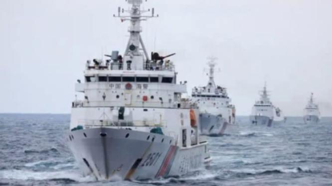 https://chuckhillscgblog.files.wordpress.com/2021/01/china-coast-guard-cutter-formation.jpg?w=584&h=328&resize=666%2C374